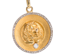 Exemplary Dog & Diamond Set Medallion
