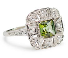 Cleopatra's Favorite: Peridot Diamond Ring