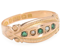 English Sensibilities - Emerald Pearl Ring
