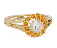 Golden Bloom: Antique 1.04 ct Diamond Ring