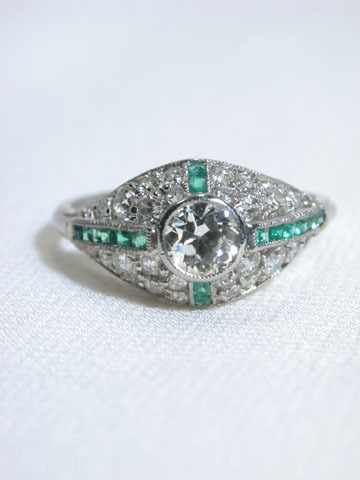 Art Deco Antique Emerald Diamond Ring