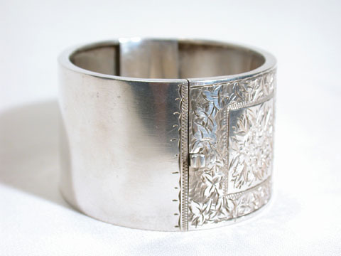 Triumphant Antique Silver Victorian Cuff in Box
