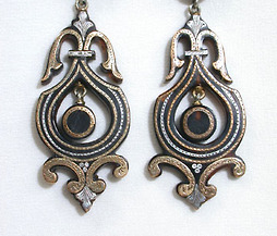 Victorian Pique Dangle Earrings