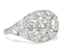 Sparkling Art Deco Diamond Ring