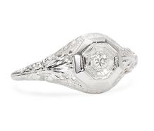 Vintage Acanthus Motif Diamond Ring