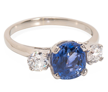 Heat up the Night - Diamond Sapphire Ring