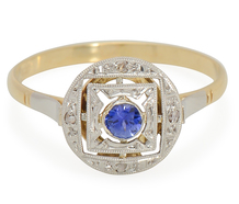 French Adoration: Sapphire Diamond Ring