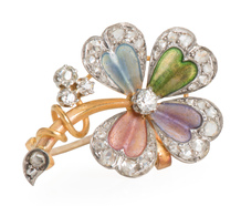 True Elegance: Diamond Flower Brooch Pendant