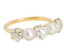 Feminine Flair: Diamond Pearl Ring