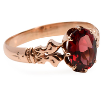 Warm Days - Garnet Rose Gold Ring