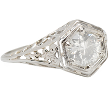 Elegant Vintage Solitaire Diamond Ring