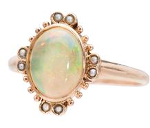 Hypnotic Vintage Opal Pearl Ring