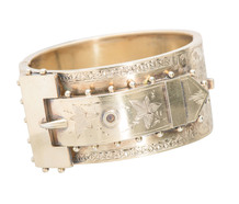 Aesthetic Period Vermeil Buckle Motif Bracelet