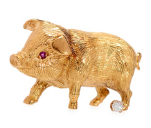 Animal Brooch of a Piglet in Gold