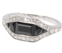 Opposite Play - Onyx Diamond Ring