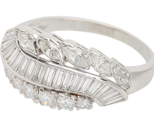 Sculptural Waves in a Diamond Platinum Ring