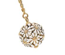 Daisy Chain - Enamelled Pendant