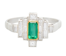 Stairway to Heaven - Emerald Diamond Ring