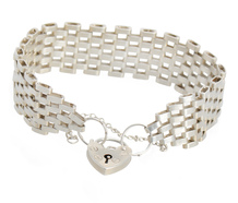 English Gate Bracelet & Padlock Heart