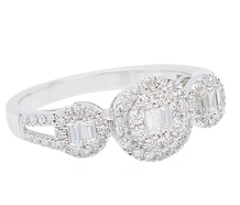 Superrific Diamond Halo Ring