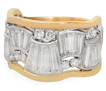 Voluptuous Curves - Striking Diamond Ring