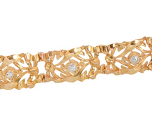 Golden Circlet - Diamond Link Bracelet