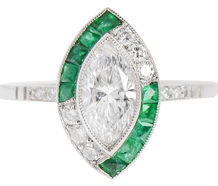 The Kiss of the Emerald Diamond Ring