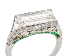 Arc de Triomphe - Ring of Diamonds & Emeralds