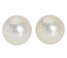 Sweet - Pearl Stud Earrings