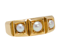 Classic English Ring with Pearls of 1880