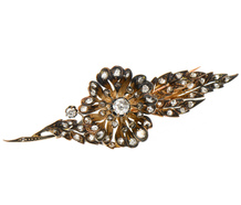 En Tremblant Diamond Flower Brooch