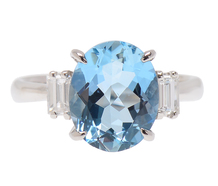 Sculpted Aquamarine Diamond Ring
