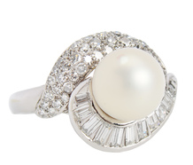 South Seas Musing - Diamond Pearl Ring