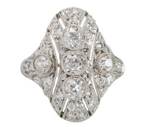 Sparkling Treasure - Diamond Platinum Ring