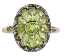 Vintage Homage – Peridot Diamond Flower Ring